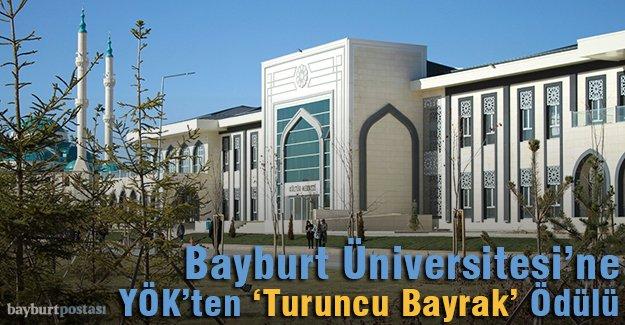 Bayburt Üniversitesi'ne YÖK'ten 'Turuncu Bayrak' Ödülü