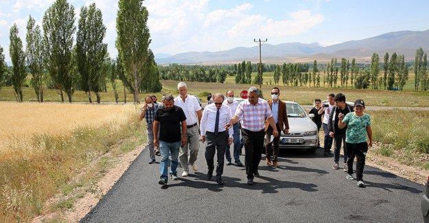 Aydıncık'ta asfalt çalışması