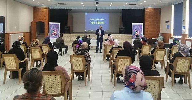 Bayburt Milli Eğitim Müdürlüğü'nden veliler için kurslar