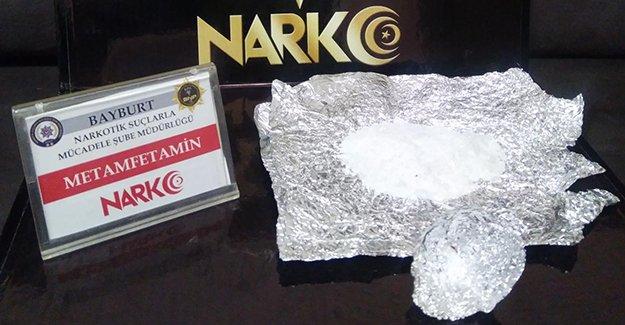 İki ayrı uyuşturucu operasyonunda gözaltı kararları