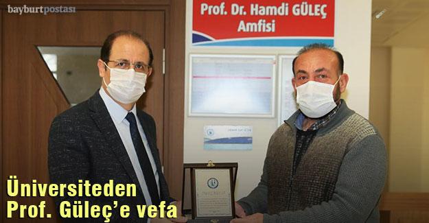 Bayburt Üniversitesi'nden Prof. Hamdi Güleç'e Vefa