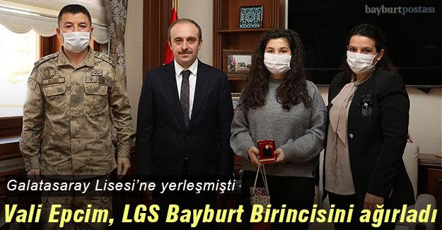 Vali Epcim, LGS Birincisi Emel Kuzu ve ailesini ağırladı