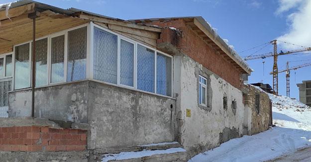 Şingah Mahalles'inde satılık ev ve arsa