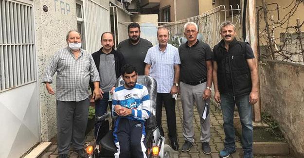Engelli vatandaşın akülü araç isteği karşılandı