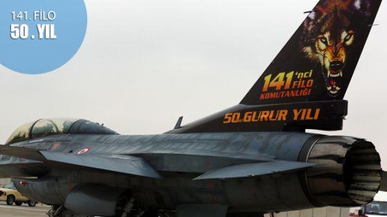 50. yıla özel 'kurt' desenli F-16