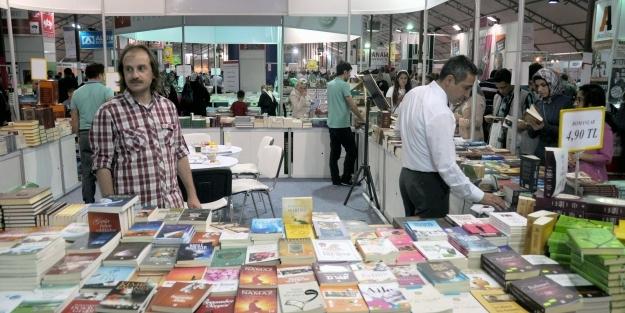Anadolu Kitap Fuarı'na 310 bin ziyaret