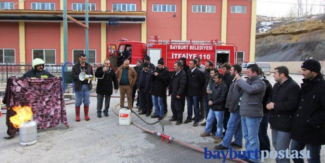 Bayburt Belediyesi'nden yangın tatbikatı