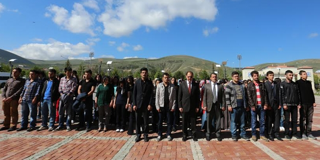 Bayburt Üniversitesi'nden 'Soma'ya saygı