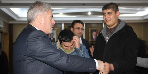Engellilerden Başkan Memiş'e ziyaret