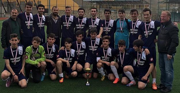 'Farklı' şampiyon: Bayburt Grup Özel İdare Gençlikspor