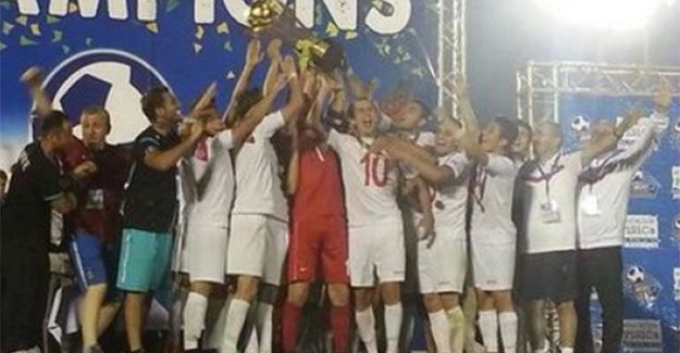Finalde Brezilya'yı yenip, şampiyon oldular