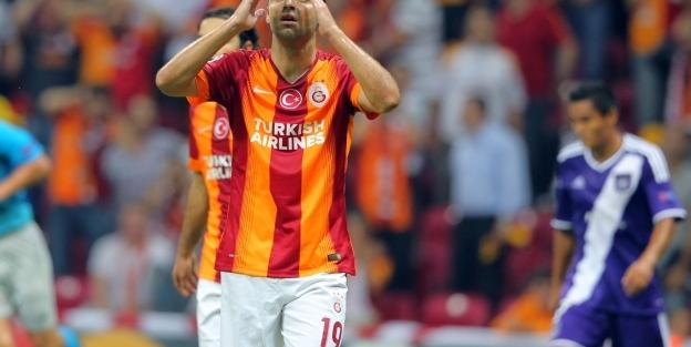 Galatasaray, puanı son dakikada kurtardı