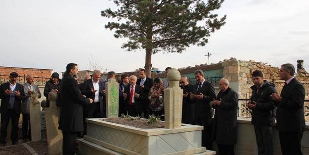 Hacı Osman Efendi'nin mezarı restore...