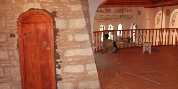 İlk Ayasofya, camii olarak restore...