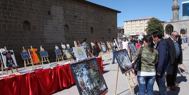 İslam sanatı resim sergisi ilgi gördü