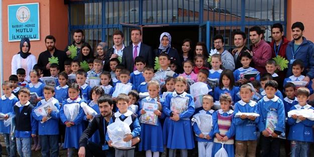 Köy okullarına '23 Nisan' sürprizi