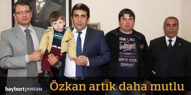Küçük Özkan, 2 yaşında ilk adımını...