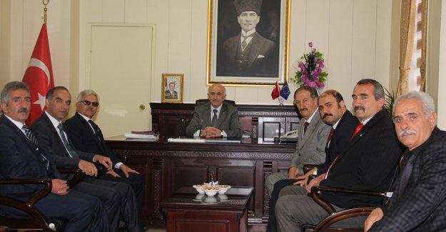 MHP adayları kurum ziyaretlerini başlattı