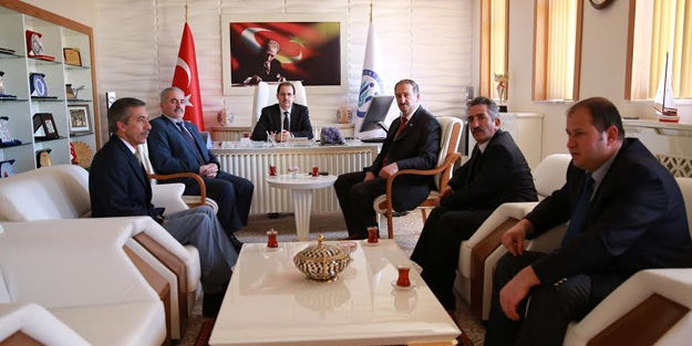 MHP yönetimi Bayburt Üniversitesi'nde