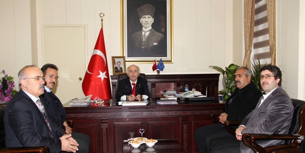 MHP'li meclis üyelerinden Vali Odabaş'a ziyaret