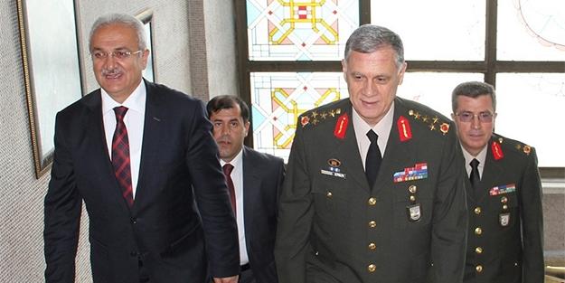 Orgeneral Dündar, Başkan Başsoy'u ziyaret etti
