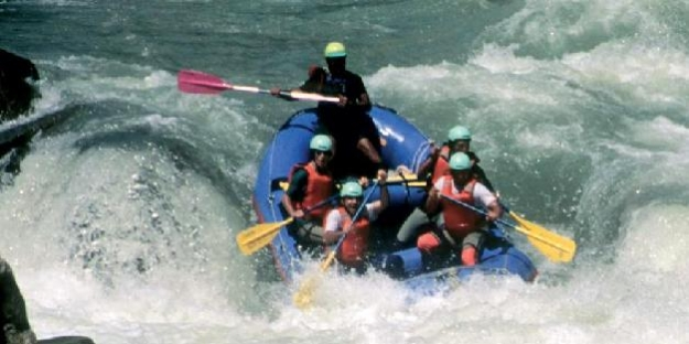 Rafting için en iyi 10 nehir