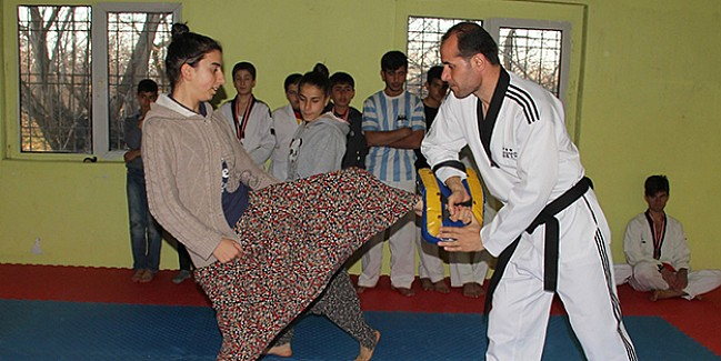 """""""Şalvarlı tekvandocu""""nun hedefi Türkiye şampiyonluğu"""