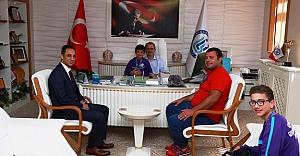 Rektör Coşkun'dan şampiyon Judoculara ödül
