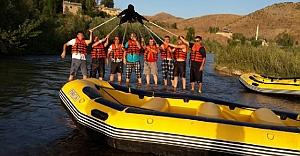 Bayburt Derneği#039;nden rafting deneyimi