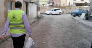 MÜS-DER'den üç kıtaya yardım eli