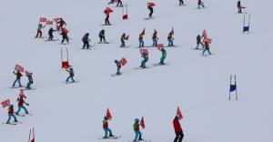 Kop Kış Şenliği'nde renkli görüntüler