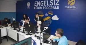 """Turkcell'in """"Engelsiz Eğitim Programı"""" Bayburt'ta başladı"""