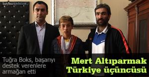 Tuğra Boks'tan Türkiye üçüncülüğü