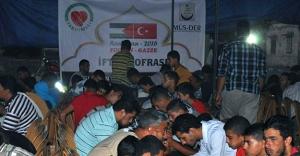 MÜS-DER, Filistin'de iftar sofrası kurdu