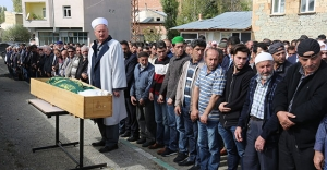 Çalhanoğlu'nun babaannesi Konursu'da toprağa verildi