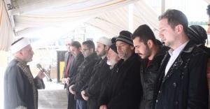 Türkmenler için 'gıyabi cenaze namazı' kılındı
