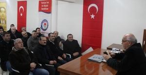 Memur-Sen ilahiyatçı Hacımüftüoğlu'nu dinledi