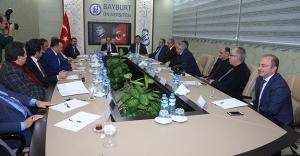 Bayburt Üniversitesi'nde danışma kurulu toplantısı