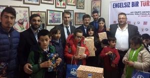 Bayburt AK Parti, engelli çocuklarla bir araya geldi