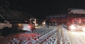 Kop Dağı'nda ulaşıma kar engeli