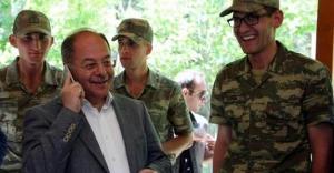 Akdağ'dan Bayburtlu askerin ailesine telefon sürprizi