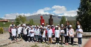 Baksı Müzesi'nde 'Lider Çocuk Tarım Kampı'