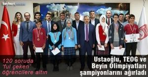 Ustaoğlu, TEOG ve Beyin Olimpiyatları şampiyonlarını ağırladı