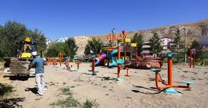 Yeni çocuk oyun parkları hizmete giriyor