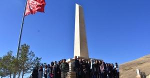 Üniversite öğrencileri Bayburt'u gezdi