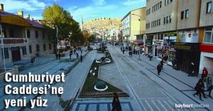 Cumhuriyet Caddesi yeni bir yüze kavuşturuldu