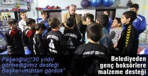 Bayburt Belediyesi'nden boksörlere malzeme desteği
