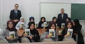'Kitap Okuma Halkaları' Bayburt'ta 500 öğrenciye ulaşacak