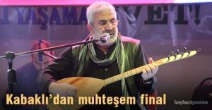 Esat Kabaklı'dan muhteşem konser