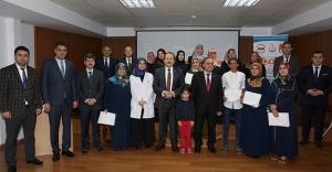 'Hasta ve Yaşlı Bakım Hizmetleri' kursiyerlerine sertifika töreni